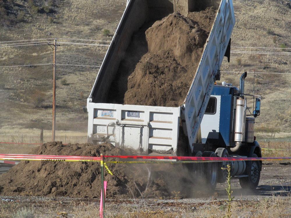 Mineral Hill _F&W 2014 Cleanup 003.JPG