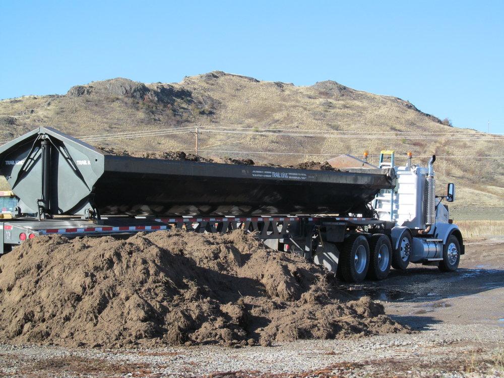 Mineral Hill _F&W 2014 Cleanup 005.JPG