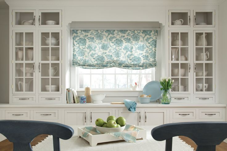 Carole Fabrics - Soft Roman Shade Flores Beach Glass