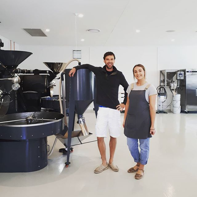 Will with the lovely Leah from @padrecoffeenoosa what a stunning roastery! Thanks for the tour (and amazing coffee...) guys! 😍 #padrecoffee #groundswellroastersontour #padre #coffeeroaster #coffeeroastery #noosacoffee #roastersguild #probat #ug22 #specialtycoffee #coffeelove #sunshinecoast #aussie
