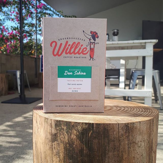 A reminder to follow @willieonsocial 👈 Attie and Will are now back home in Australia roasting coffee, brewing tea and giving back to dogs in need. Thanks to your support and ideas the Willie coffee bags are now boxes, and are fully reusable, compostable and made from recyclable materials! Amazing. Follow along and watch the progress! And... if you want a taste, all items are available online and ship to Canada 🇨🇦