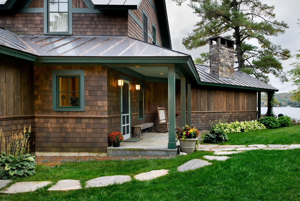 16 Fairly Lake exterior front entry detail copy 2.jpg