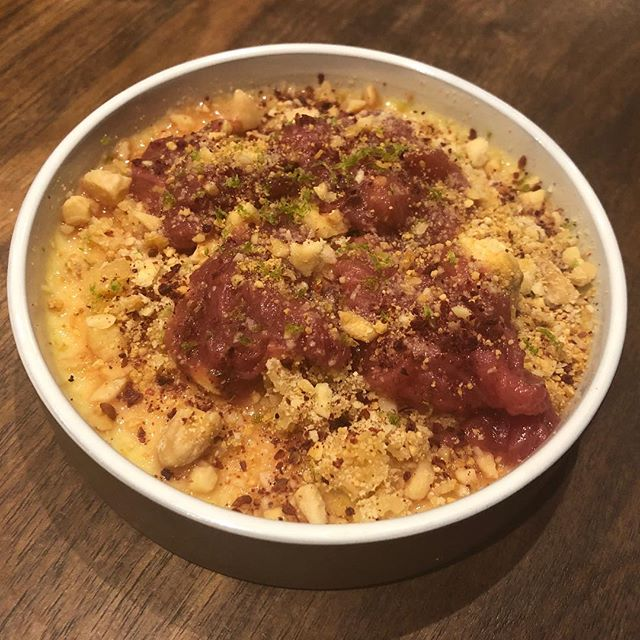 Next level dessert from @kyseri_ldn - baked mahlep custard with rhubarb, almond crumble and caramelised white chocolate . . . #londonfood #londonrestaurants #londonfoodie #eeeats #turkishfoodlondon #turkishfood #fitzrovia #eatlondon #londoneater #eaterlondon #instafood #dessert #seasonalfood
