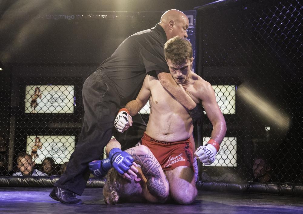 Frank Jones stops Brandon Wright at HD MMA 9 | Remington Park, Oklahoma City