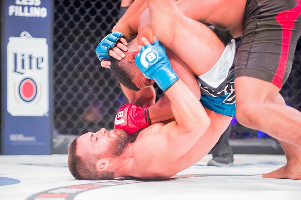 Brian Grinnell submits Kemmyelle Haley at Bellator MMA