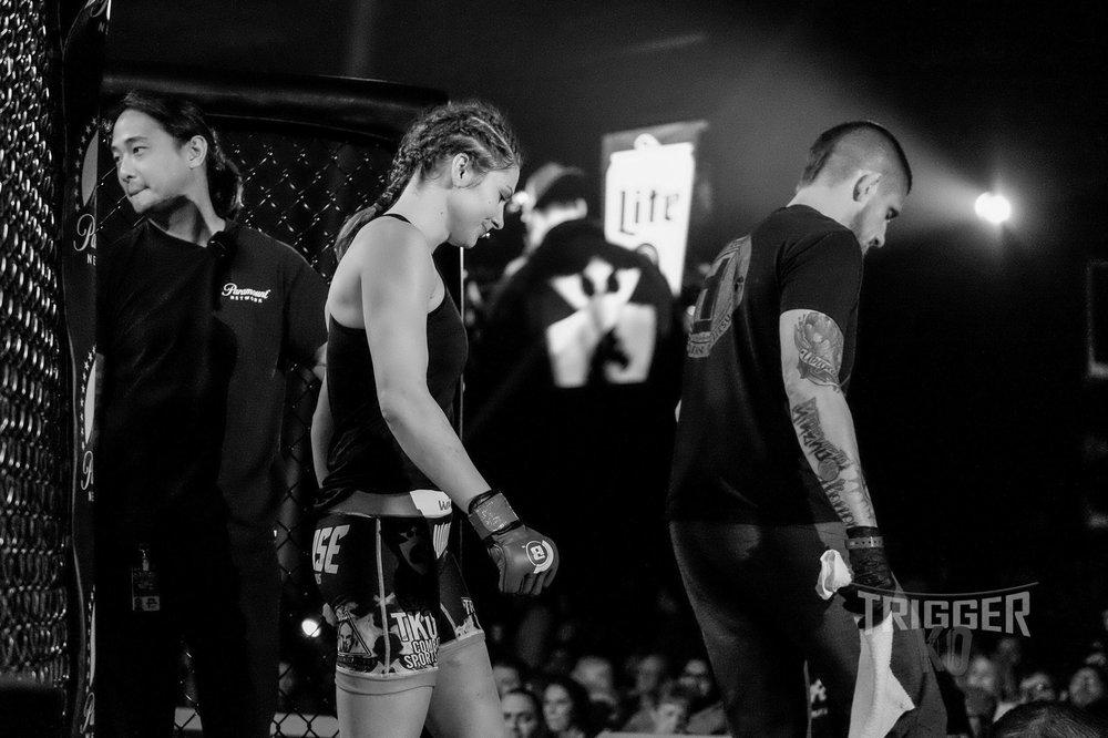 Kristina Williams defeats Emily Ducote at  Bellator MMA 195