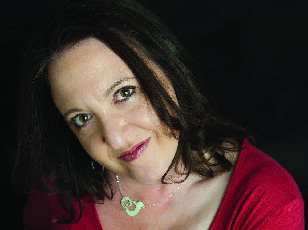 Robin Chaplik - Yona