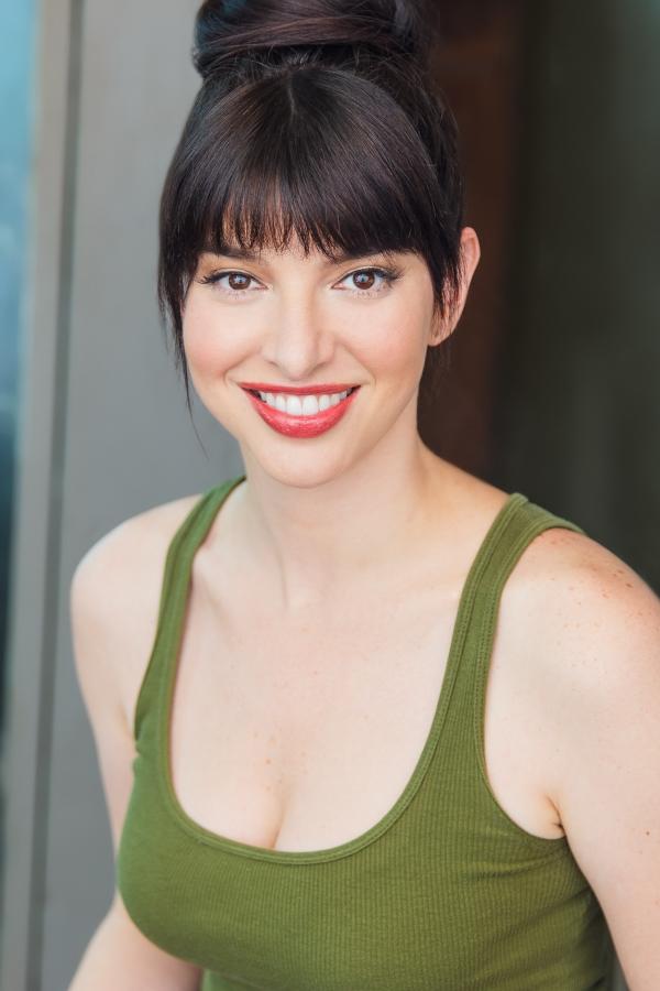 Lindsey Pearlman - Sonya