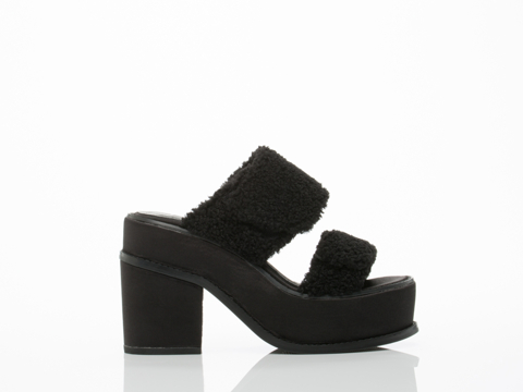 YES-shoes-Yachats-(Black-Black-Sherpa)-010604.jpg