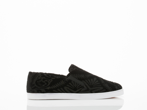 Black-Milk-Clothing-X-Solestruck-shoes-Kristy-(Black-Burned-Velvet)-010604.jpg