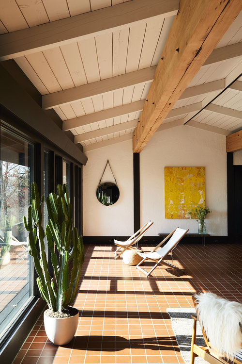 GRT_Croton_Living_Room_069.jpg