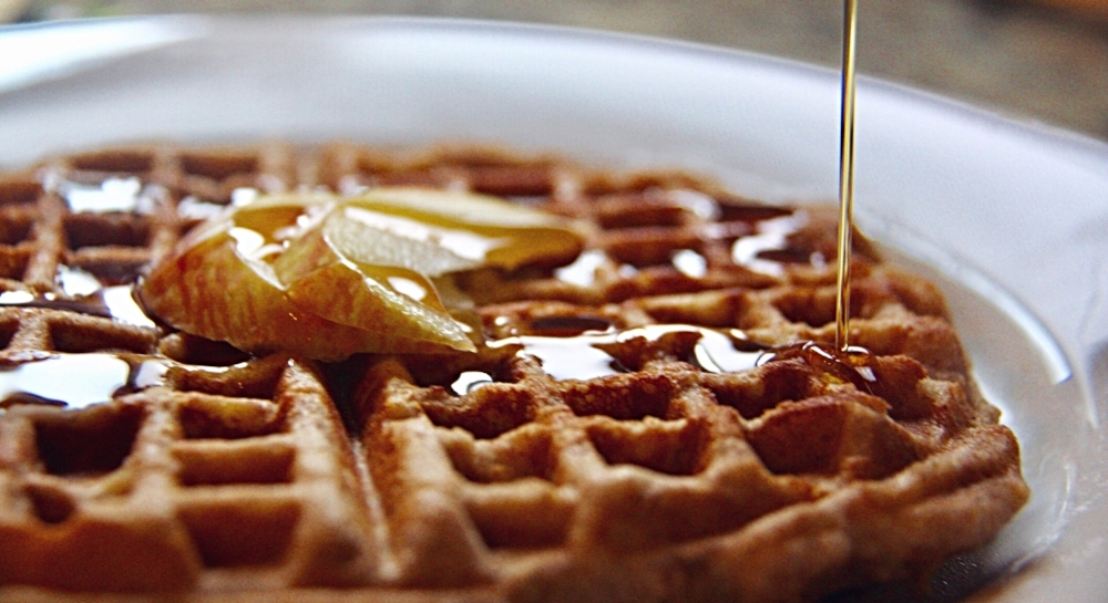 Paleo Apple Spiced Waffles.JPG