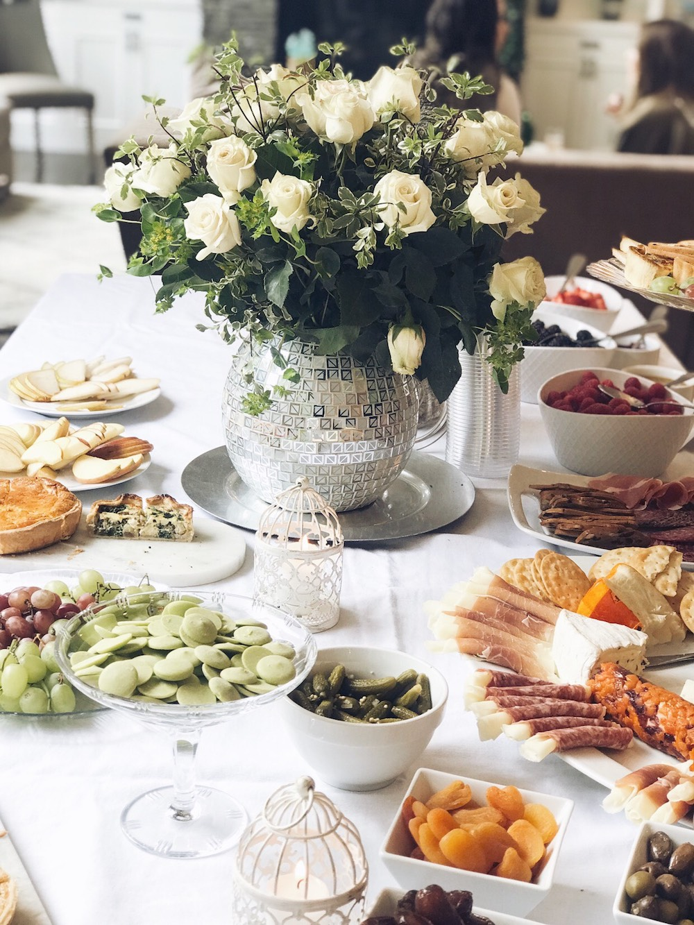 How delish is this spread?!