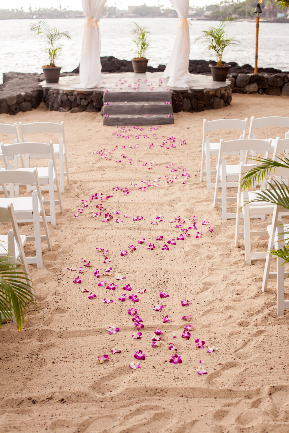 big island hawaii royal kona resort beach wedding © kelilina photography 20170615165825.jpg
