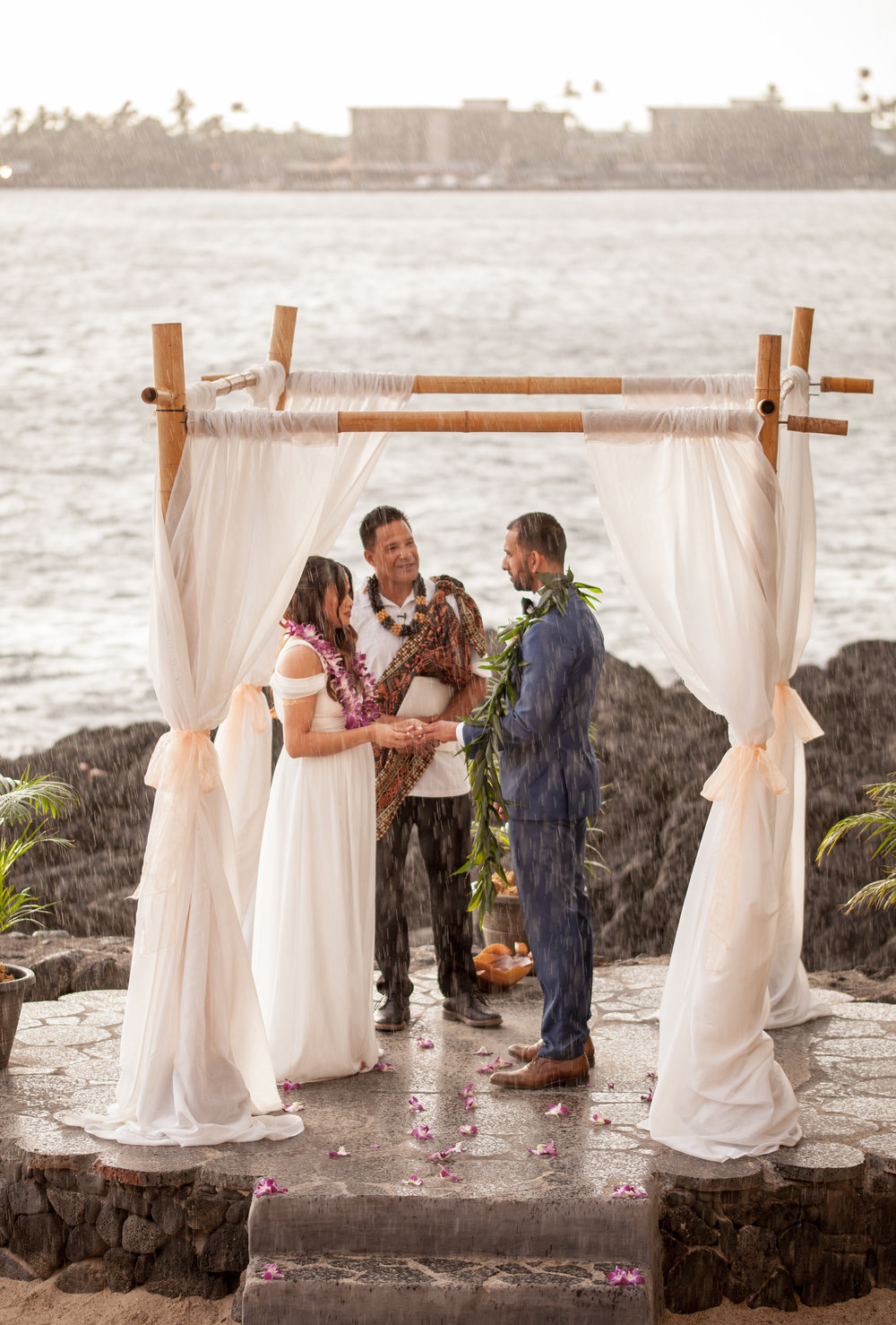 big island hawaii royal kona resort beach wedding © kelilina photography 20170615180111.jpg