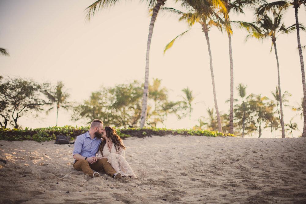 big island hawaii kukio beach engagement © kelilina photography 20171226171339-1.jpg