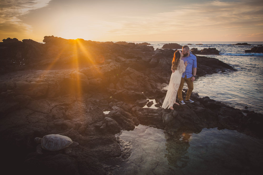 big island hawaii kukio beach engagement © kelilina photography 20171226174324-1.jpg