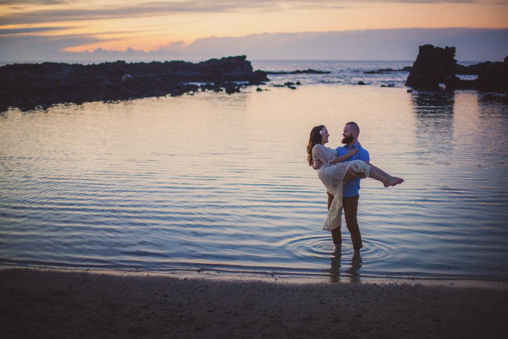 big island hawaii kukio beach engagement © kelilina photography 20171226180917-1.jpg
