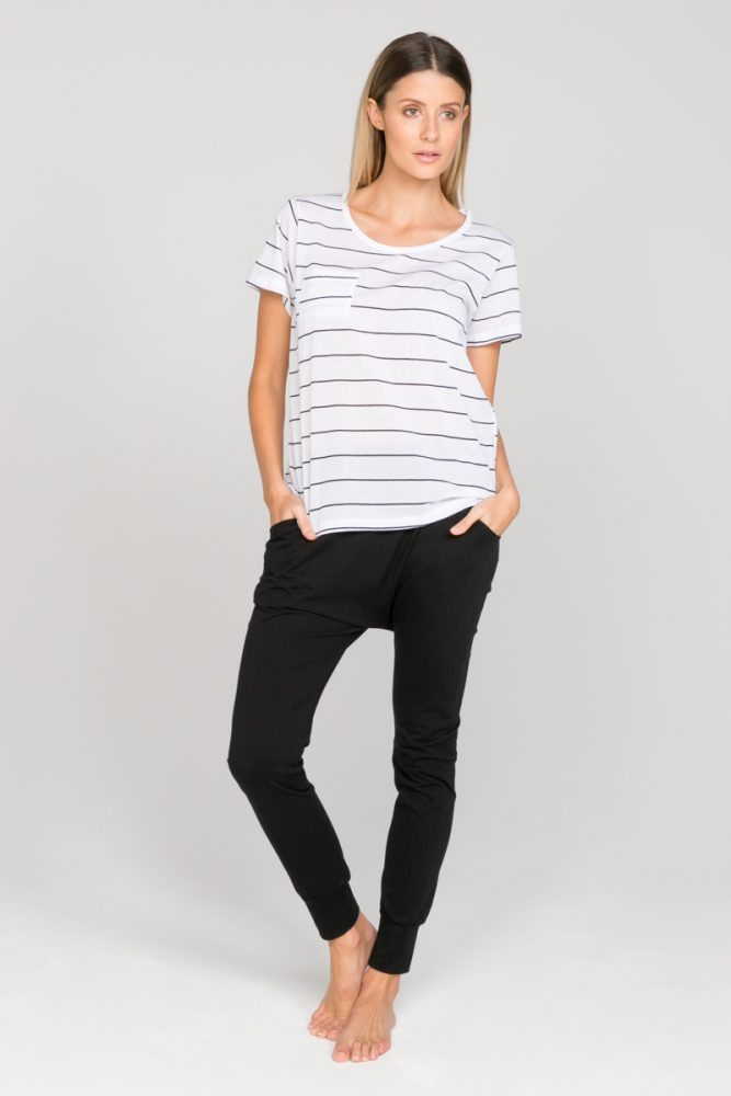 annukka-organic-cotton-sandi-tee-black-stripe-6-667x1000.jpg