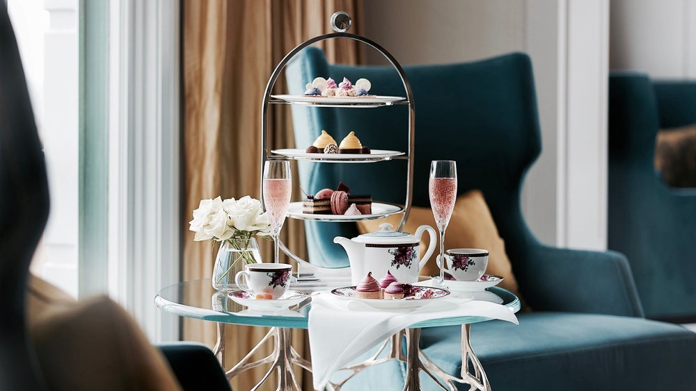 - Deliciousness...Afternoon Tea with Wedgwood.