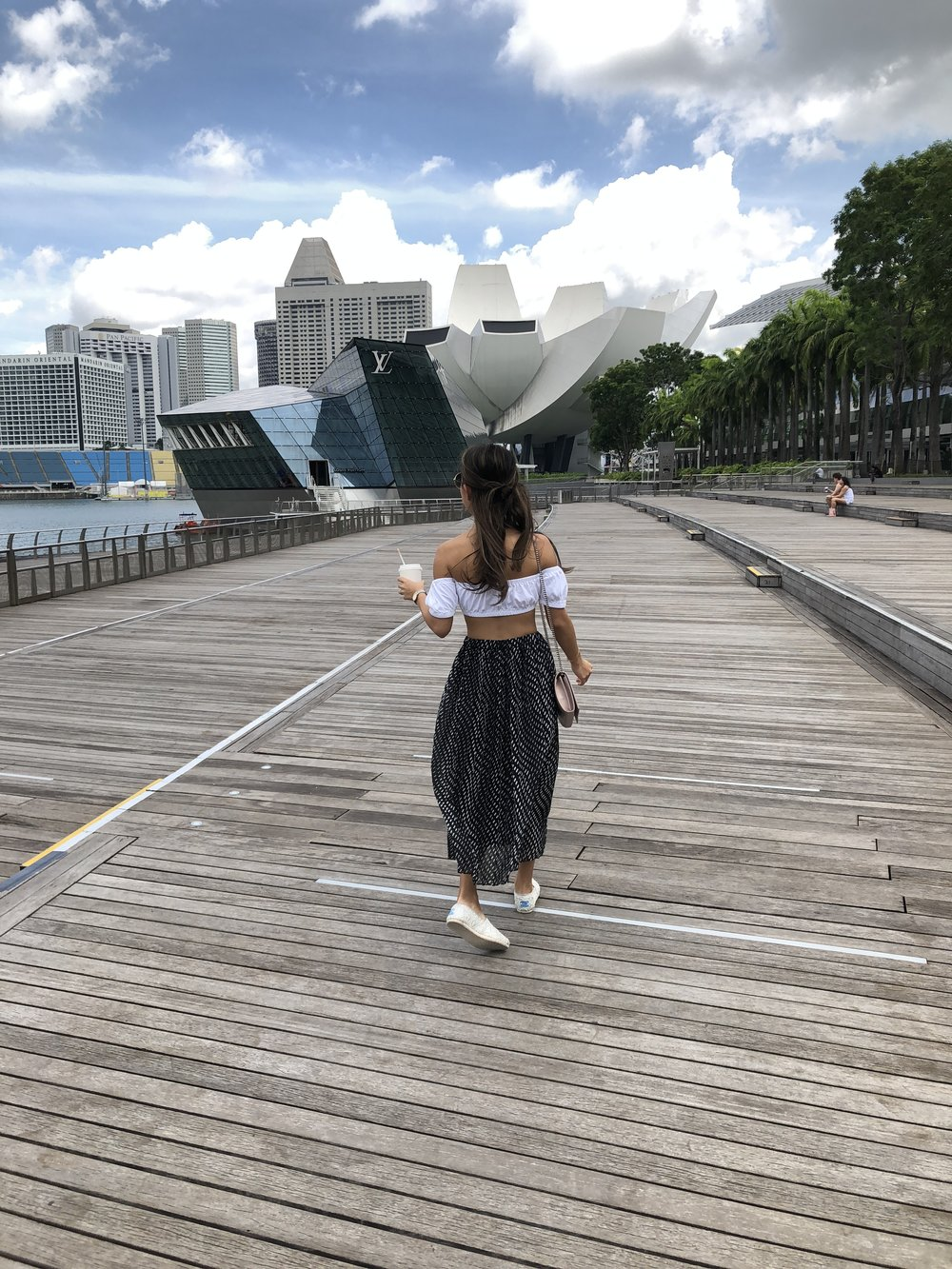 Location: Singapore | Wearing: Aritzia top, Uniqlo skirt, Toms shoes, YSL bag