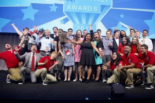 Teen honorees, Believe Limited hosts, and NYLI guest presenters let loose on stage at the conclusion of The Impact Awards 2016!