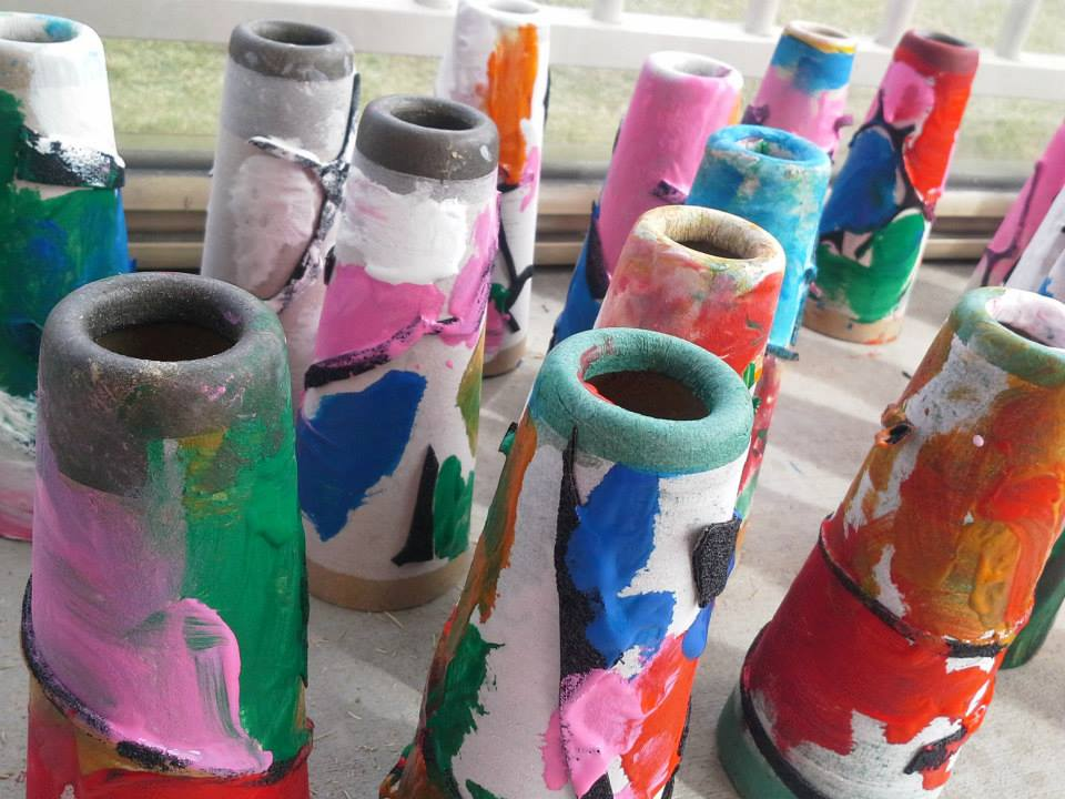 Little pots made by little people - Growing Stages 2014