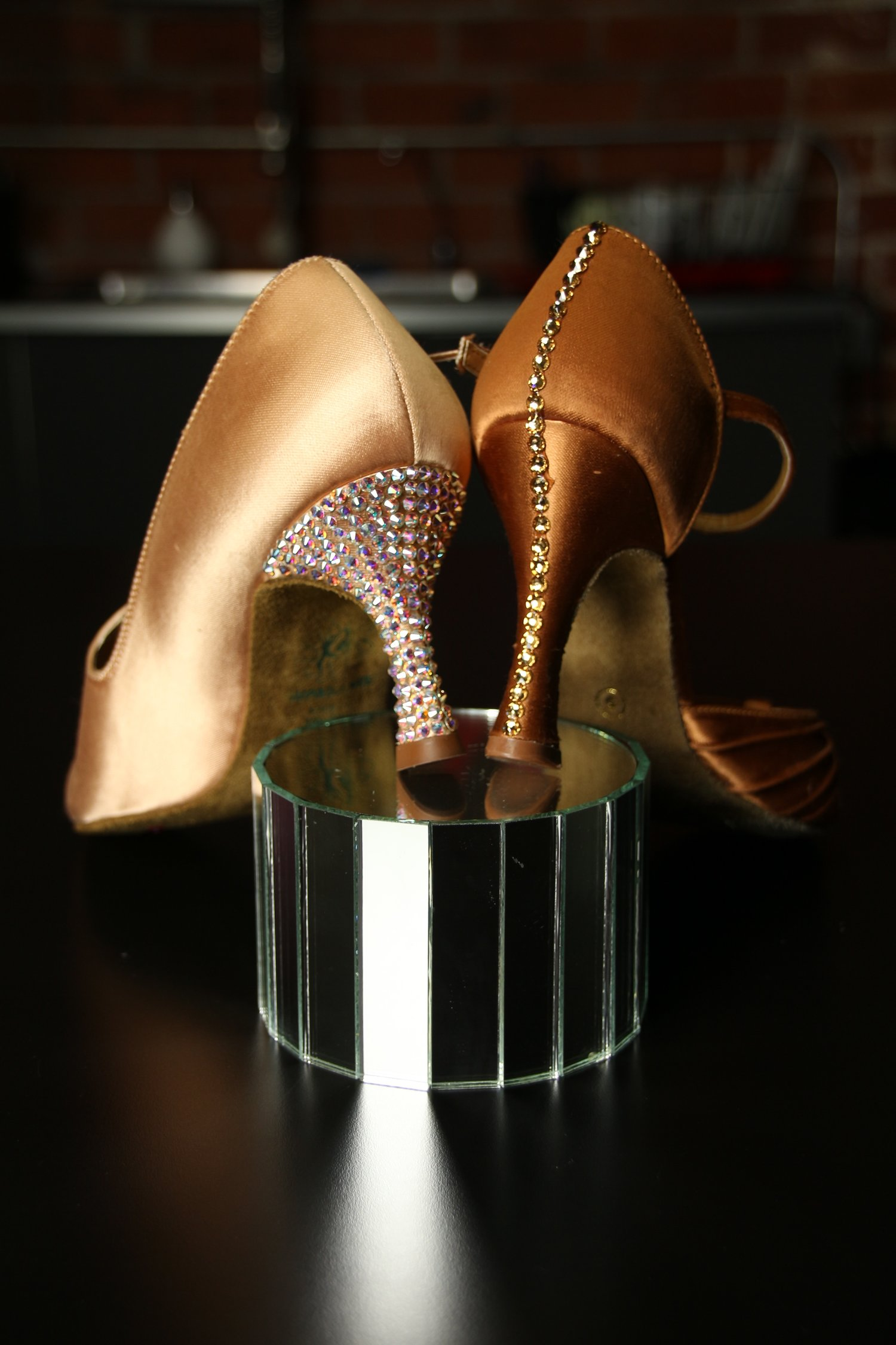 df5919846 There are several advantages to rhinestoning your shoes. Most important of  which is more sparkle! And don't worry there are no downsides! stoning your  shoes ...