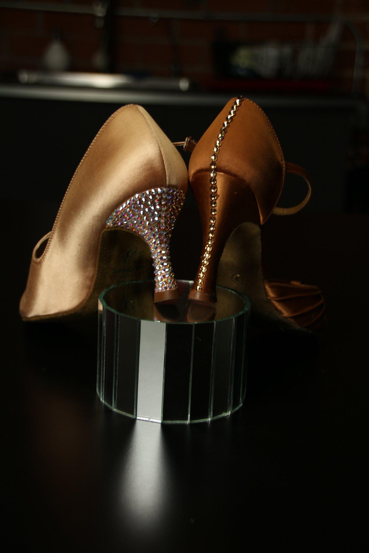 1477f8dc6e How to Rhinestone Shoes with Lena Kosovich — LeNique