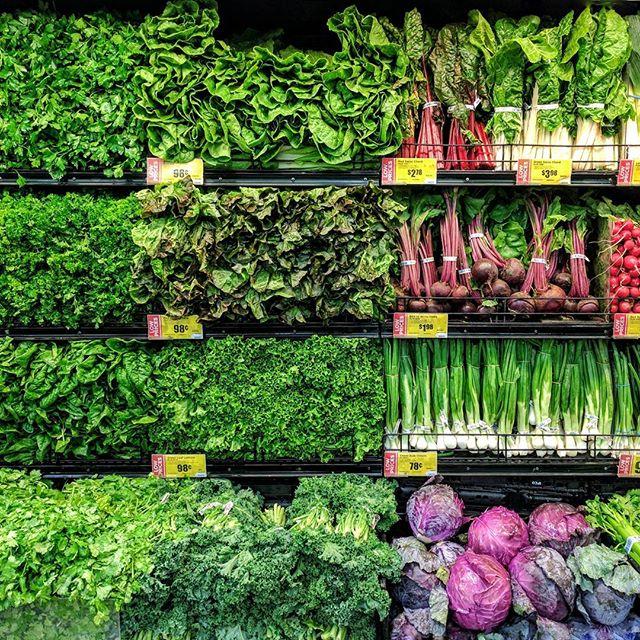 Definitely a stock picture. Taken at @HEB  #stock #groceryshopping #green #veggies #vegan #photography #googlepixel