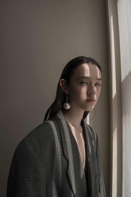 pearl earring  aaizél  jacket  vintage