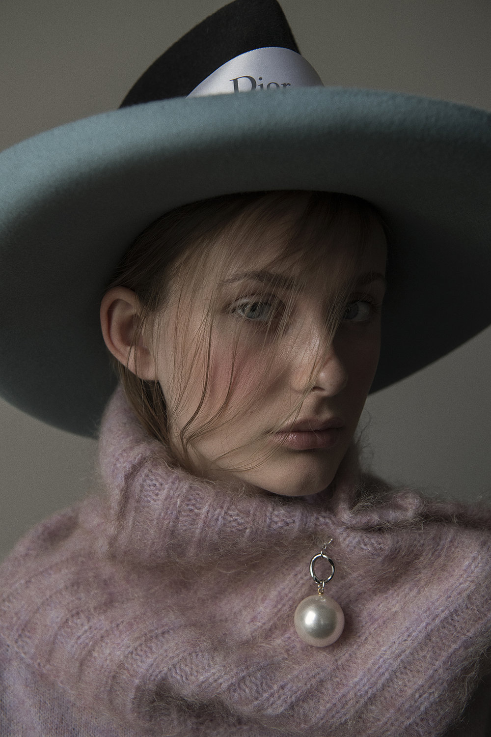 hat  casual couture  rubber band  dior  knitwear  acne studios  jewelry  aaizél