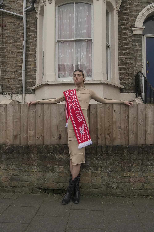 dress  krystal deans  scarf  liverpool football club  boots  vintage