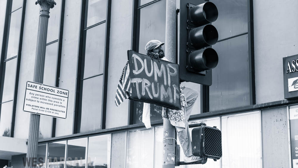 LOS_ANGELES_TRUMP_PROTEST-97.jpg