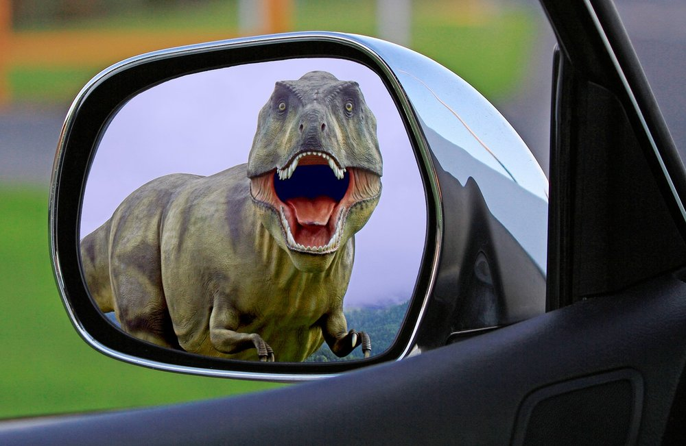 dinosaur-1564323_1280.jpg