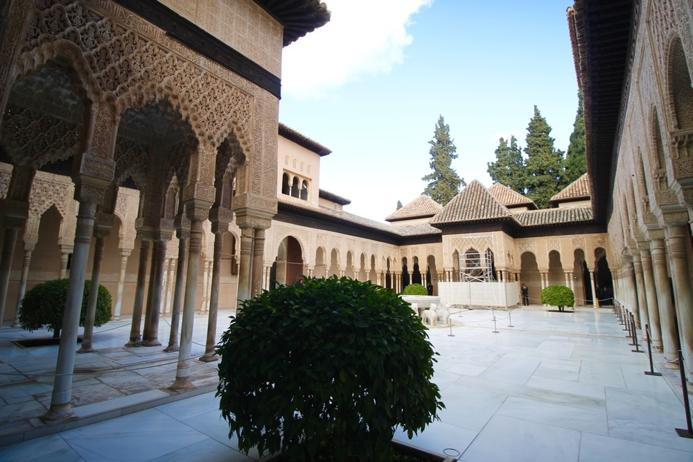 How to Visit the Alhambra Nasrid Palace