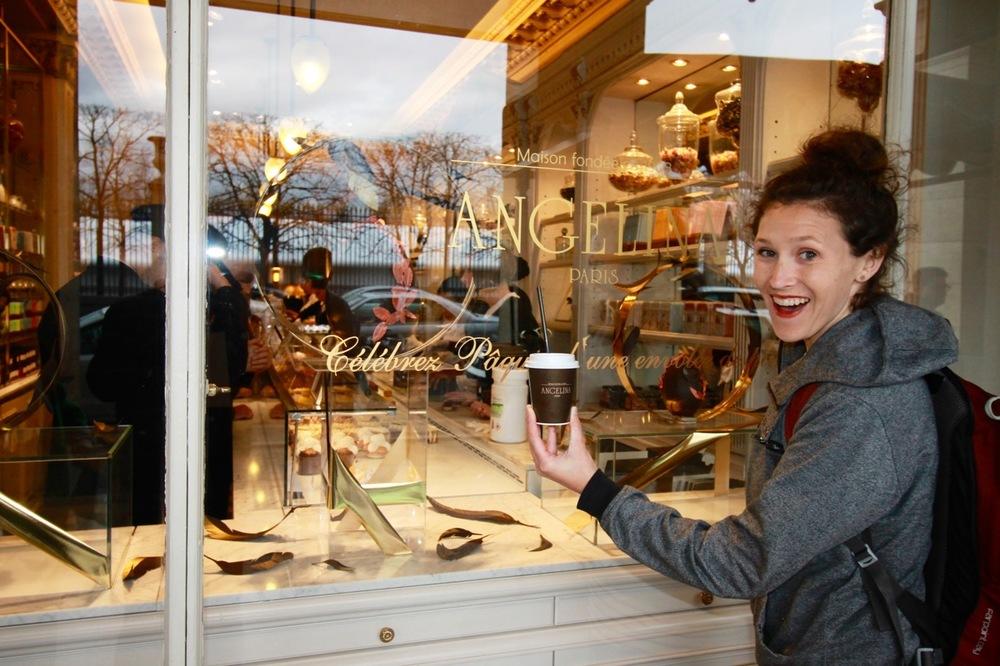 Angelina Eating in Paris