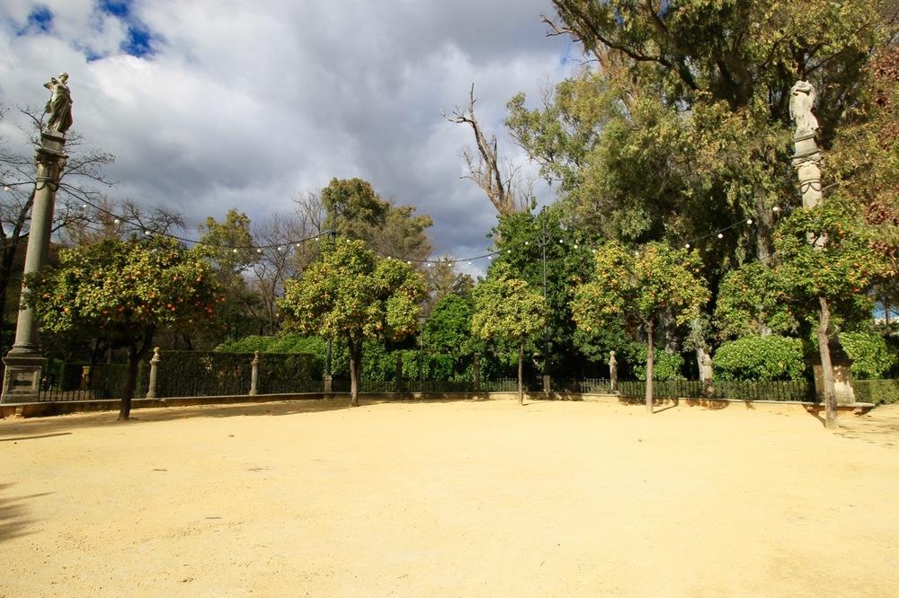 Plaza de España - Maria Luisa Park - Sevilla for Free