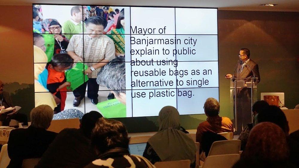 Mr. Hamdi bin Amak Hasan presented at Indonesia Pavilion, COP23
