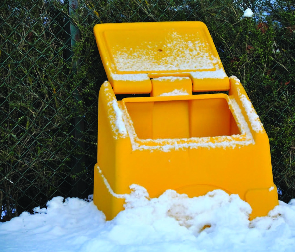 gritting-services-plantcare-bristol-cardiff-outside-exterior-corporate-office-workspace-3