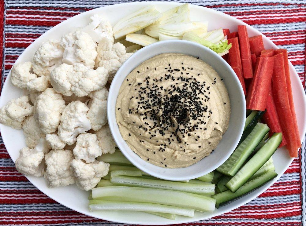 Pinzimonio di verdure invernali con Hummus di Ceci