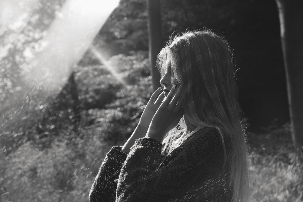IMG_7419_SmokeShoot_Rachael_Sture_Photography_3-10-16_.jpg