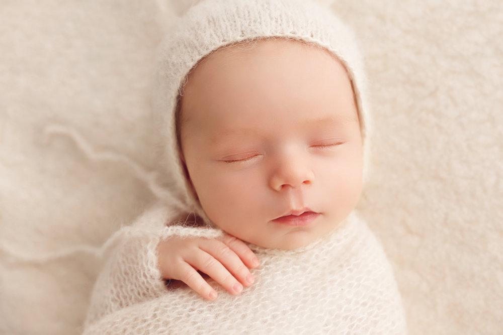 IMG_1600-Edit-Sheena-Newborn-Rachael-Sture-Photography-2018.jpg