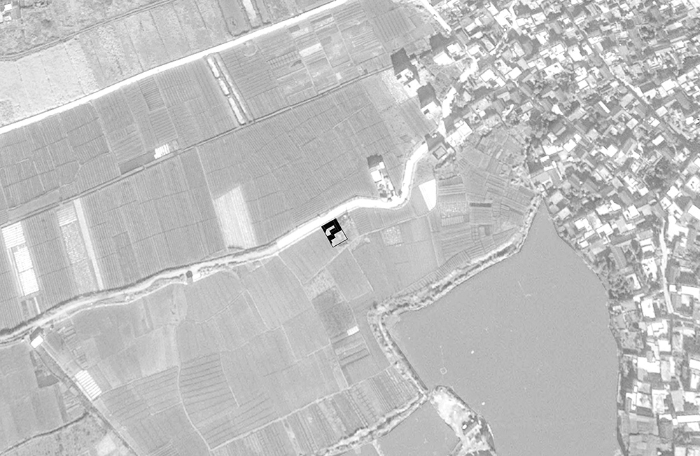 稻田里的住宅,大理  House in the field,dali   -READ MORE-