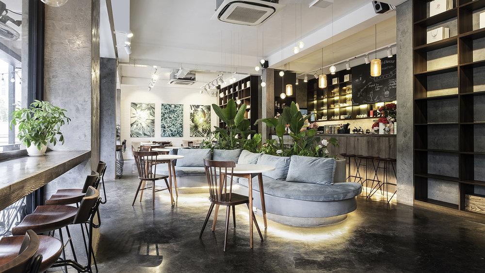 La Fleur Tea & Dessert Cafe Design & Construction Date: 11/2017  Address: 22B Hai Ba Trung, Ha Noi  In collaboration with Le Quang Architect