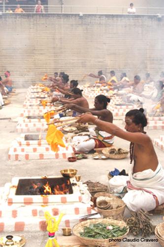 Vedic Fire Ritual2.jpg