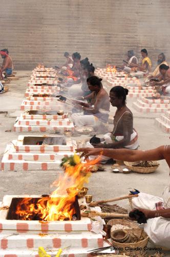 Vedic Fire Ritual3.jpg