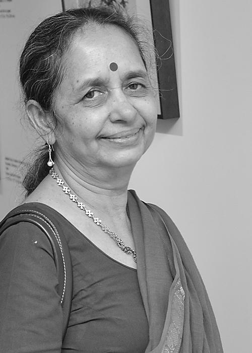 Shobha Broota-portrait2.jpg