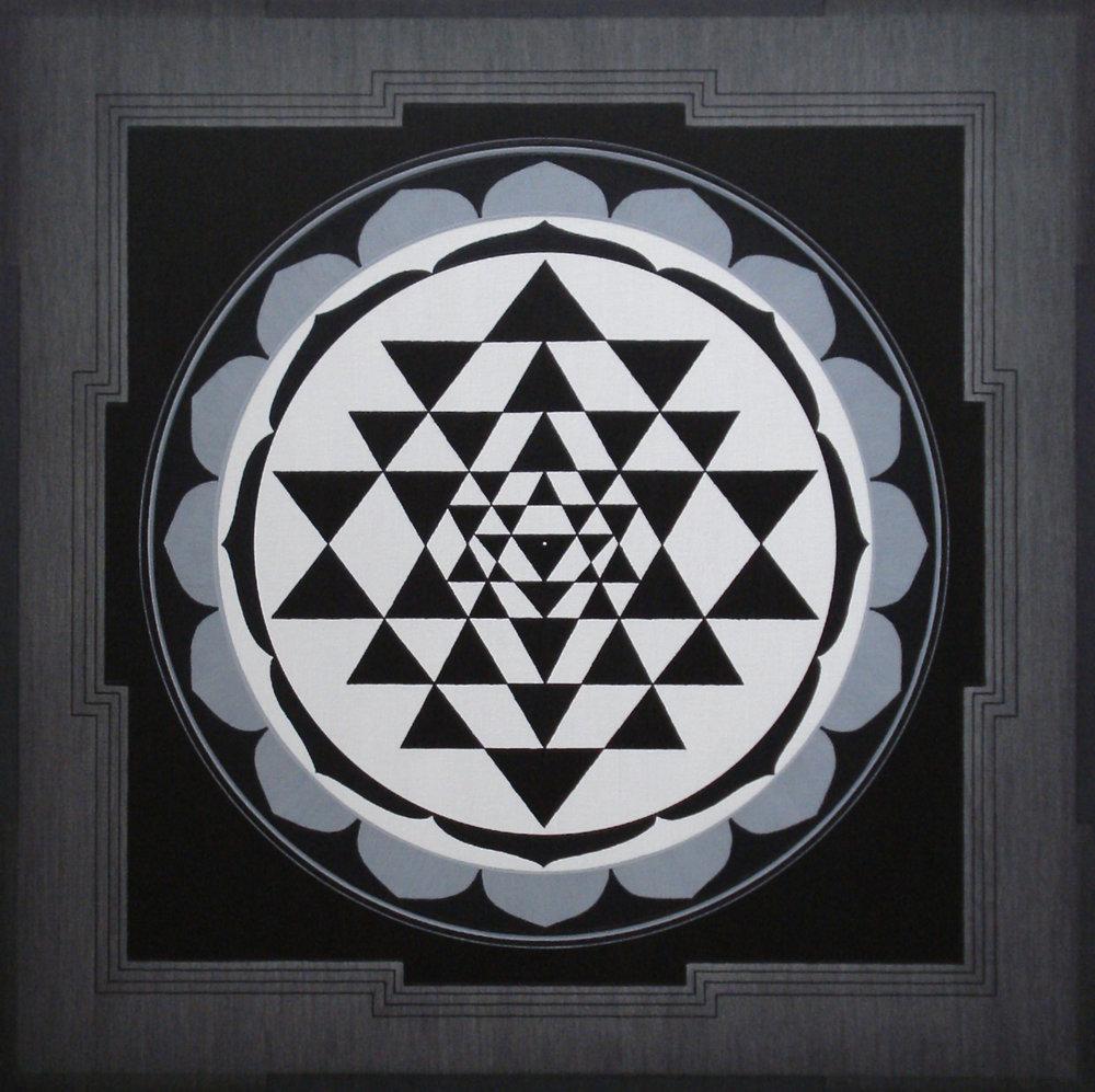 Shri-Yantra-2014-acr-can-45x45cm.jpg