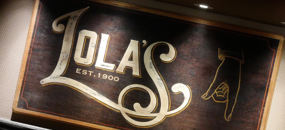 Lolas-logo2.jpg